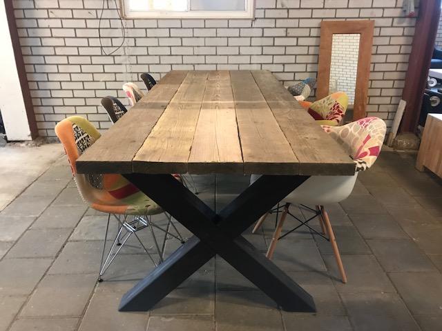 Eettafel – Steigerhout blad (240×100), nu slechts € 599,00!